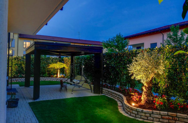 11-giardinaggio-realizzazione-giardini-verande